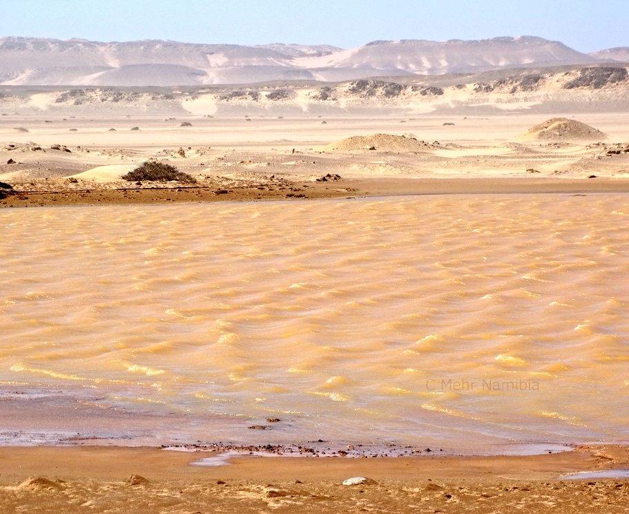 Vergänglicher See an der Skelettküste